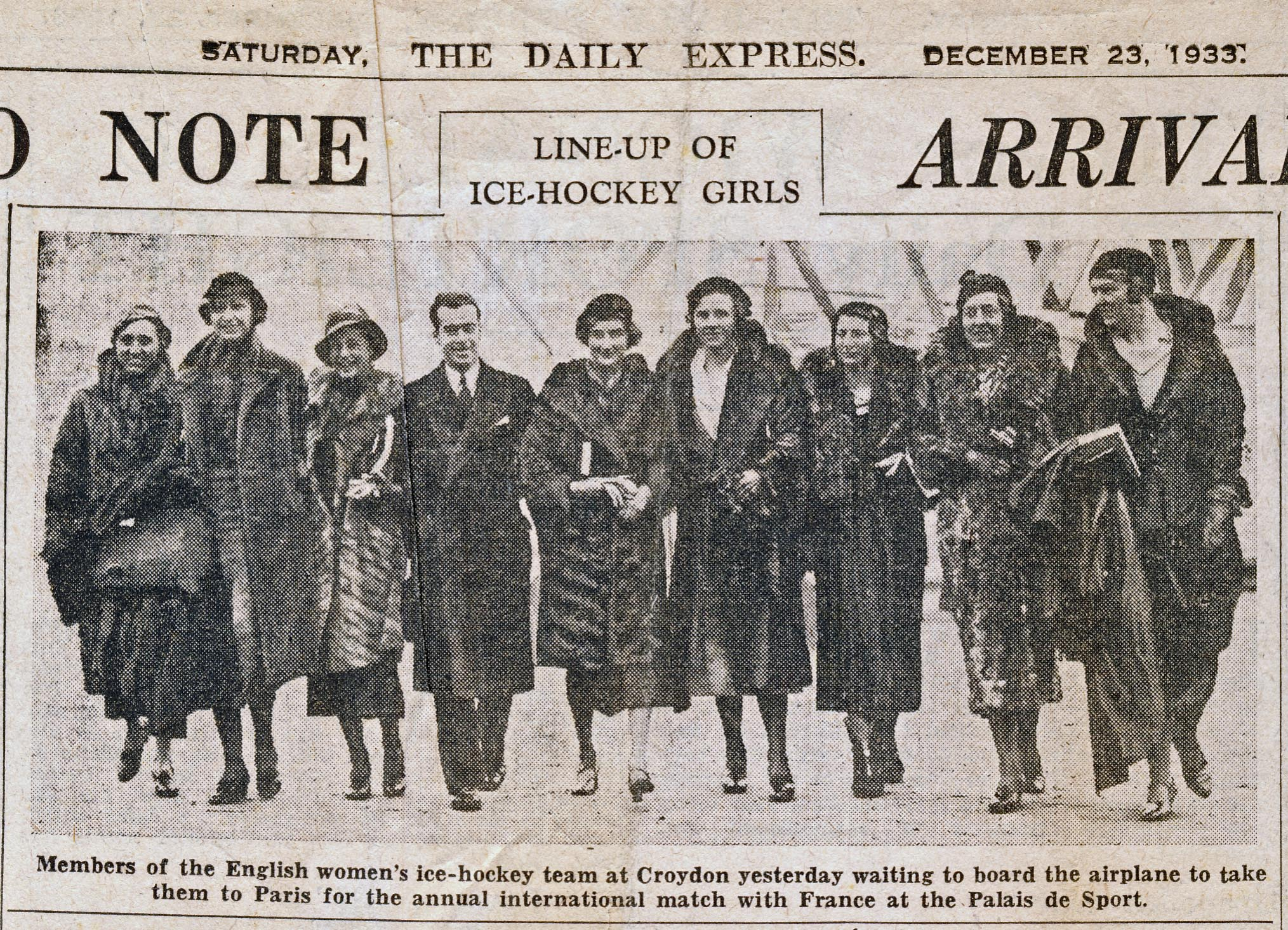 23 December 1933 The Daily Express - Doreen's Hockey Team